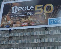 Montaż reklamy w Warszawie